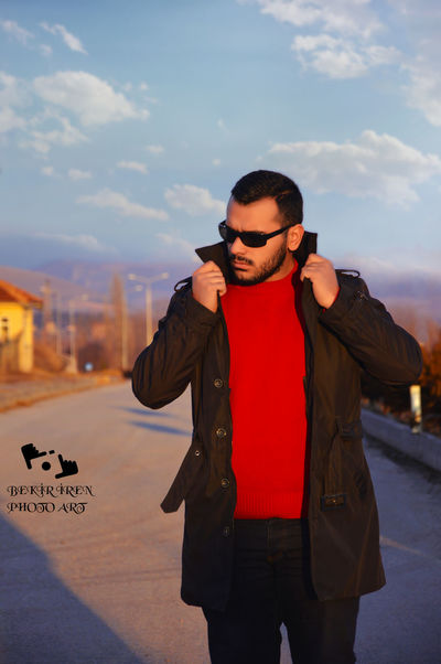 Beard Young Men One Young Man Only One Man Only Only Men Sunglasses Young Adult Arts Culture And Entertainment Adults Only Music One Person Fashion Men People Lifestyles City Outdoors Leisure Activity Portrait Sky BEKİR İREN Photographer Cekimler😄😄😄 Model çekimleri Nikon The Portraitist - 2017 EyeEm Awards