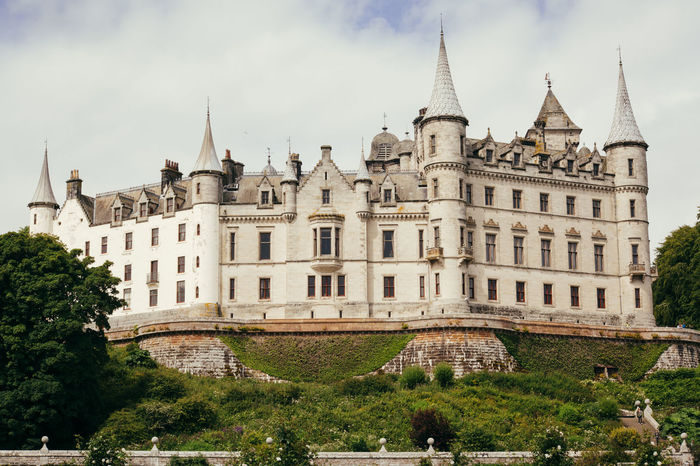 Dunrobin Castle Scotland Architecture Building Exterior Built Structure Castle Day History No People Outdoors Scottish Highlands Sky Tourism Travel Travel Destinations Tree