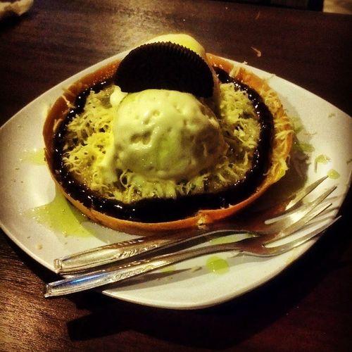 Martabak gratisan.. Instagood Icecream Food snack @bandono