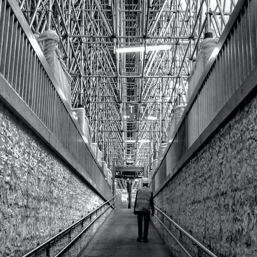 Scaffolding Black&white HuaweiP9 Structure Trainstation Gare De Bordeaux Bordeaux Bordeaux, France Metallic The Way Forward One Person Real People Day Architecture People Adult