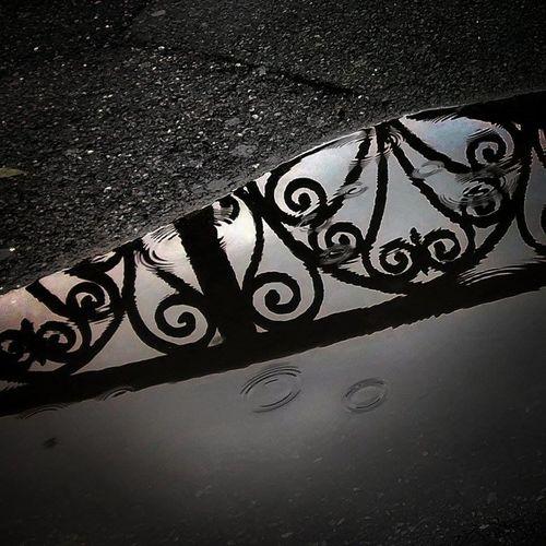 Floor Marciapiede Pioggia Pozzanghera Rain Riflessi Riflesso Welcome To Black