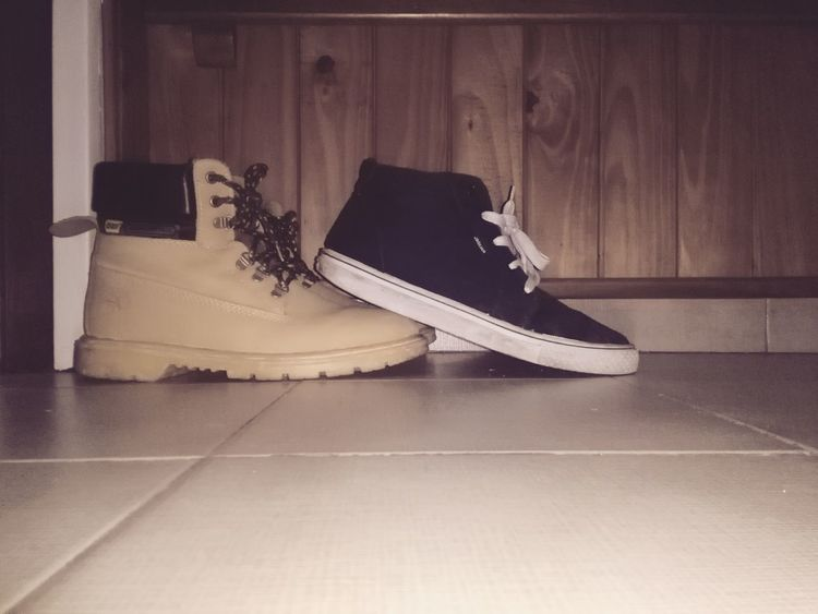 EyeEm Selects No People Borcegos Black Brown Zapatillas Girl And Boy 😚