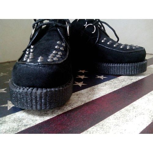 I'm in love with my shoes Creepymania