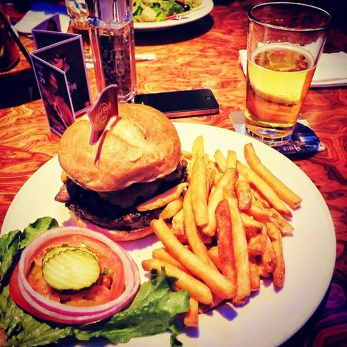 The American Way: burger and beer