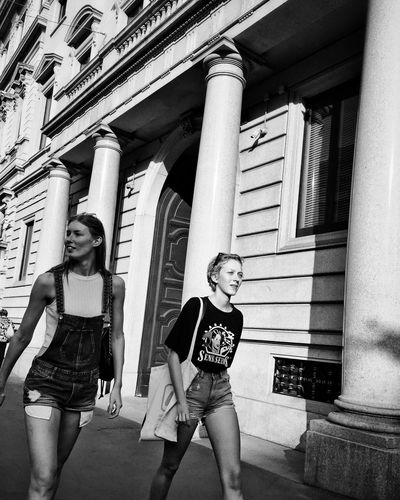 Streetphotography Shadows & Lights Blackandwhite Black & White Street Photography Architecture Built Structure Day Building Exterior Real People Sunlight Architectural Column Lifestyles Women People Outdoors Building Leisure Activity City Togetherness This Is Natural Beauty Human Connection My Best Photo International Women's Day 2019 Streetwise Photography The Art Of Street Photography