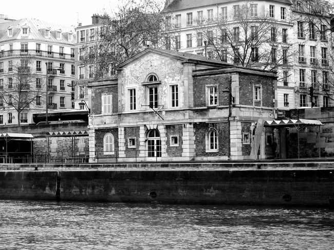 Paris France Architecture_bw Along The Riverside Taking Photos From Where I Sit Black And White Photography OpenEdit Simplicity The Architect - 2016 EyeEm Awards