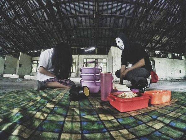 What you've come to be. And it's hard, it's hard to break your bond. How much more can send, you back home again Shot by : @engineerbajakan Urbanpicnic UrbanpicnicDMI Urbanpiknik Piknikurban Mask Urbanpeople Urbex Widelens Urbanexploration Picnic Piknik Gopro Streetshared Igdumai Igersriau Seputardumai Ketemusore VSCO Streetmoobs Vnarchy