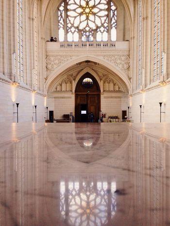 Ecouter le silence. Architecture Eglise Architectural Detail