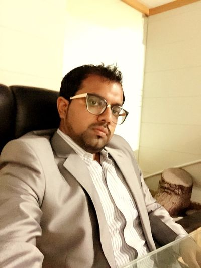 Office #bored Selfie ✌ Iphonephotography Iphone6camera IPhone Taking Photos Office Hello World That's Me