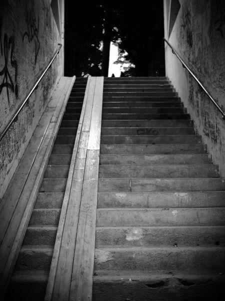 Only way is up... Tunnel Underground Tunnel Undergroundpassage Underground Passage Undergroundphotography Underground Shallow Depth Of Field Selective Focus Narrow Space Narrow Depth Of Field Blanco Y Negro Blancoynegro Black & White Black And White Photography Black And White Blackandwhite Monochromatic Monochrome