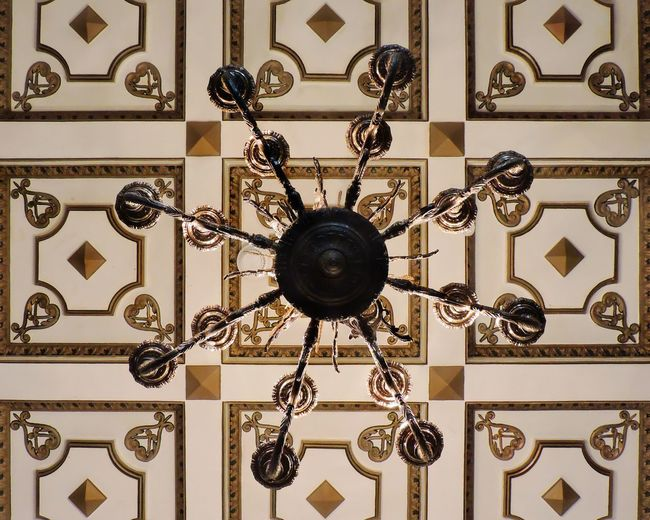 Luxury Pattern Indoors  Ceiling Caracas Caracascity Historical Building Historical Architecture Architecture Interior Architecture Chandelier Nikon Nikonphotographer Nikonphotography Nikonteam First Eyeem Photo EyeEmNewHere