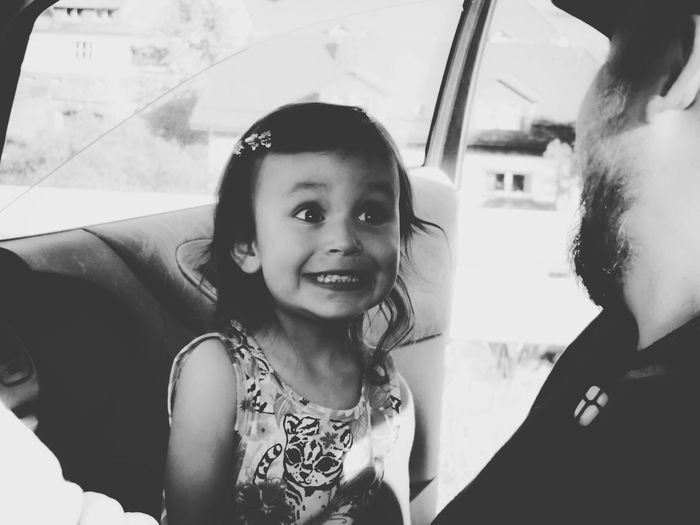 Entertaining daddy Girl Little Girl EyeEm Best Shots - People + Portrait Black And White Portrait Daddy And Daughter Light And Shadow Photos That Will Restore Your Faith In Humanity Capture The Moment RePicture Masculinity Love Without Boundaries Everyday Emotion Feel The Journey People And Places Monochrome Photography
