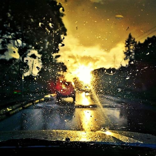 @capi Your view today was of the same road but Itookitbetter Nairobi Sunset Nokia1020 Kenya didnttrytogetthebestshot itjusthappened Rain crisp clarity