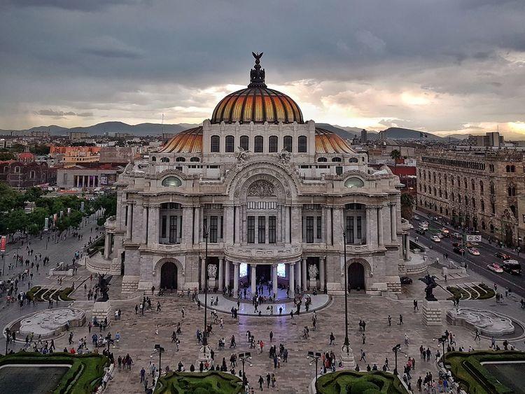Palacio de Bellas Artes. Ciudad de Mexico, Mexico GalaxyS7Edge   4.2mm equiv 26mm   1/100 sec   f/1.7   iso 64 Wanderlust Cdmx