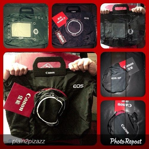"""by @plain2pizazz """"Selling LIMITED EDITION CANON shoulder bag.. The bag can also be an environmental bag.. in a fashionable way.. :) Fromplain2pizazz Bagelyas Bags Canon fashown"""" via @PhotoRepost_app"""