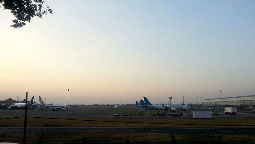 Airportlife Garuda Indonesia 738 Boeing Taking Photos