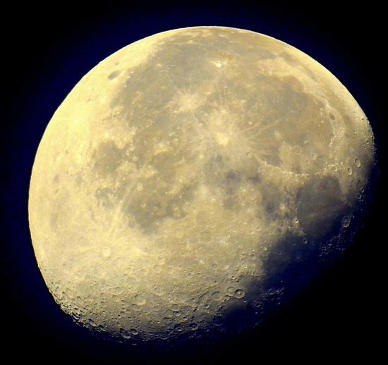 DbJR Moon Astronomy Moon Night Space And Astronomy Circle Planetary Moon Moon Surface Sky Space Tranquility Space Exploration Close-up No People Scenics Half Moon Beauty In Nature Nature Clear Sky Star - Space Outdoors EyeEm Nature Lover EyeEm Best Shots EyeEmNewHere