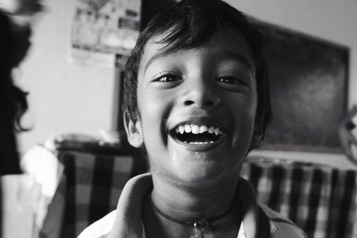 Canon Blackandwhite SriLanka Volunteering Happy Thooth Broken Kids Innocent School Poverty