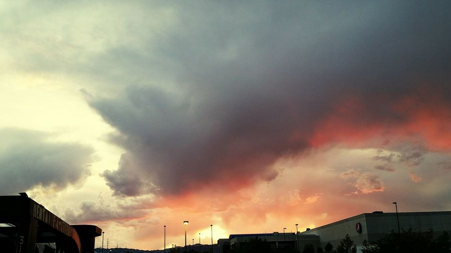 Dramatic Sky Extreme Weather Storm Cloud Thunderstorm Lightning Sky Check This Out