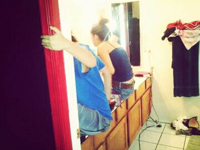 How me and my sister get ready.. Lol.