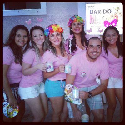"Bloco das ""virgens"" na rua. Simbora Alaursa Carnavaldecaico Blocoktux êra"