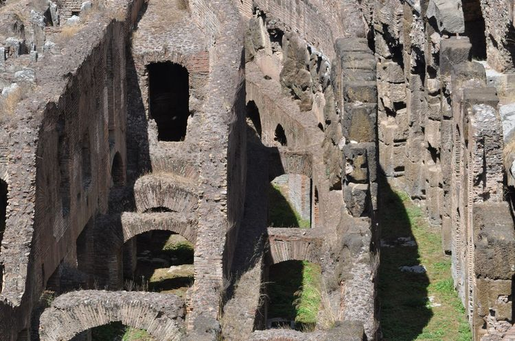 Colosseo Ancient Ancient Civilization Architecture Bad Condition Built Structure Collosseum Colosseo Roma Damaged History No People Old Ruin Ruined The Past