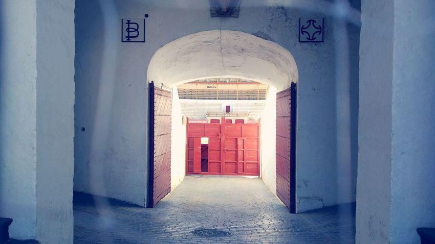 plaza de tortura ? Porte Arene Espagne Almería Architecture