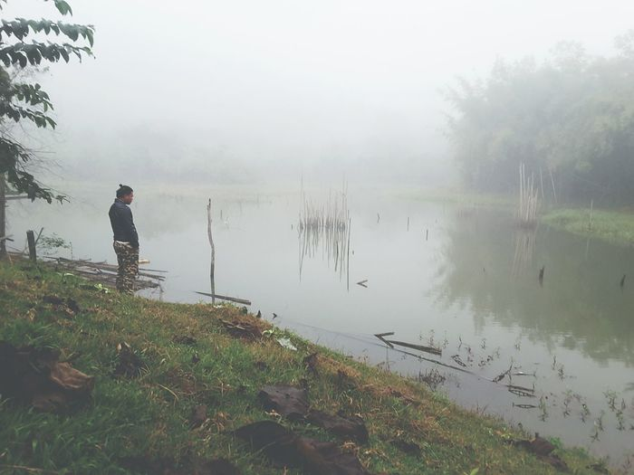 Fogsadly Lake One Person Adult Water Adults Only One Man Only Nature Only Men Mature Adult People Outdoors Full Length Hiking Day Leisure Activity Beauty In Nature Landscape Men Mountain Waiting ... Sad