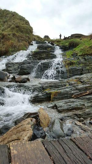 Wales West Wales Waterfall Sunday Water Flowing Water Stones Silouette Gray Sky Cymru EyeEm Waterfalls EyemWater Mwnt West Wales Beach
