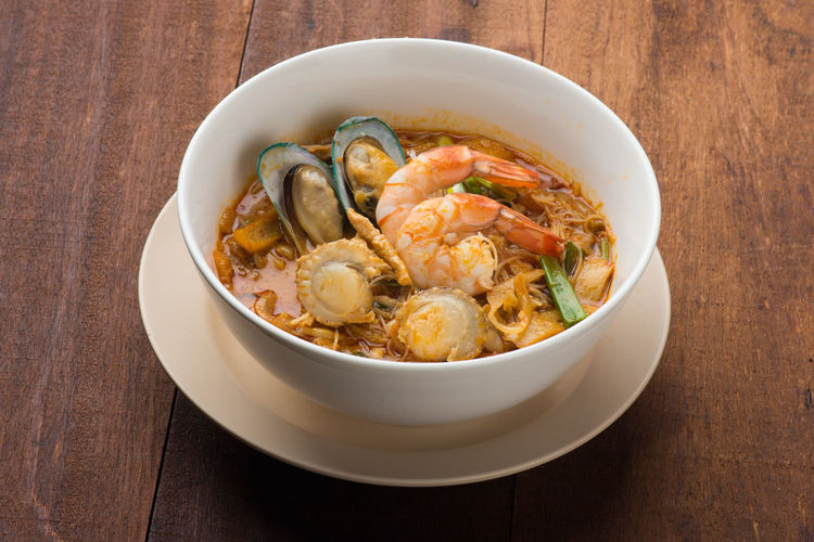 Curry Noodles Seafood Shrimp Curry Noodles Food Mee Mussels Prawn Scallops Soup Tom Yum Goong