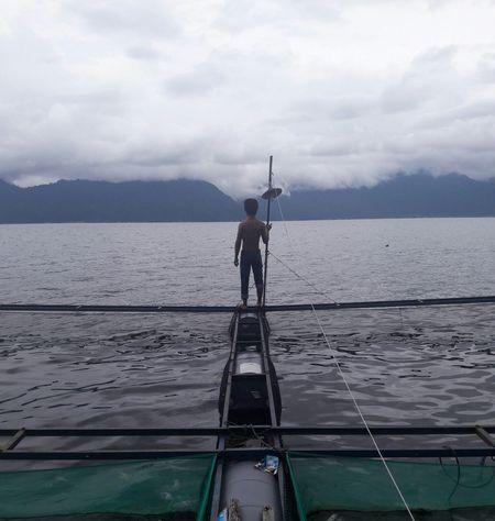 aku selalu suka sehabis hujan dibulan Mei Maninjau Lake Westsumatera Darkclouds