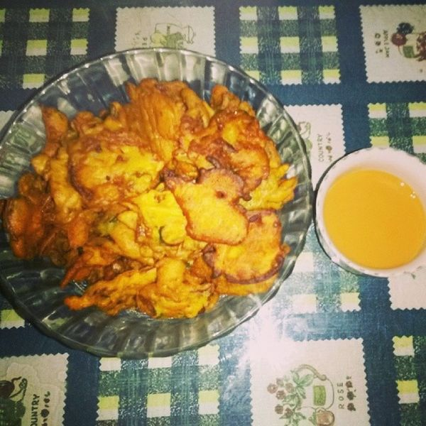 Enjoying the weather with Pakoras and chai♥ ;)