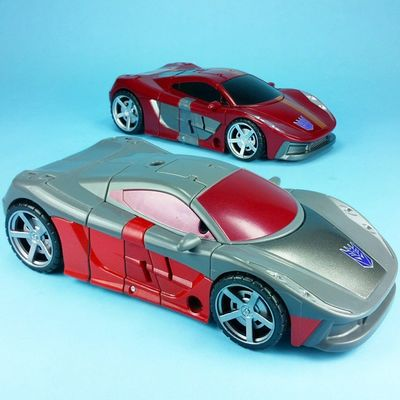Two for Tuesday: Transformers Combinerwars Dead End and Wildrider. Menasor