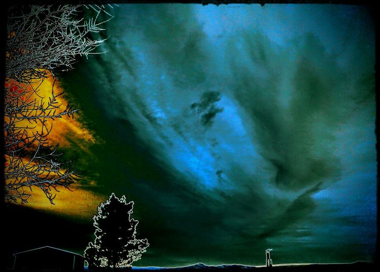 Check This Out Skyporn Taking Photos Hello World Sky Dig It Colorsplash Bold Trippy Coolpic Posterized Capture The Moment Awesome_shots Color Splash Effects & Filters Outside Photography Badass Dig It! I Did This Blue Sky