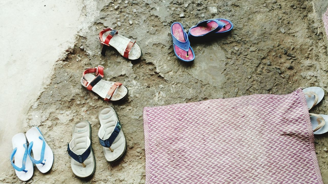 shoe, flip-flop, pair, high angle view, still life, sandal, no people, clothing, directly above, beach, summer, sand, outdoors, day
