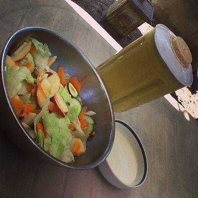 Ranch salad( iceberg lettuce, tomato, carrots, turnips, cucumber, apple), aioli sauce(mayo, milk, vinegar, garlic, salt and pepper) and fruit smoothie(turnips, apple, carrots, melon) Wala akong magawa, kaya yan! Hahaha.. Mangia! :))
