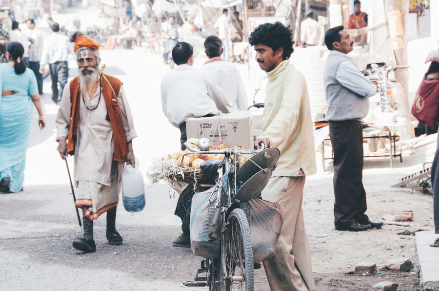 ASIA Everyday Life Everyday Lives Exploring Guru India The Week On EyeEm Travel Adult Adults Only City Crowd Day Full Length Large Group Of People Men Only Men Outdoors People Portrait Rishikesh Street Scene Streetlife Travel Destinations