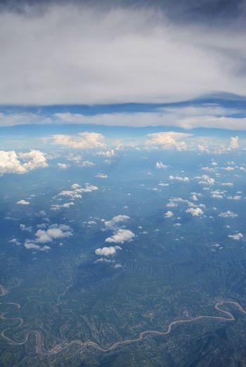 The twine Cloud