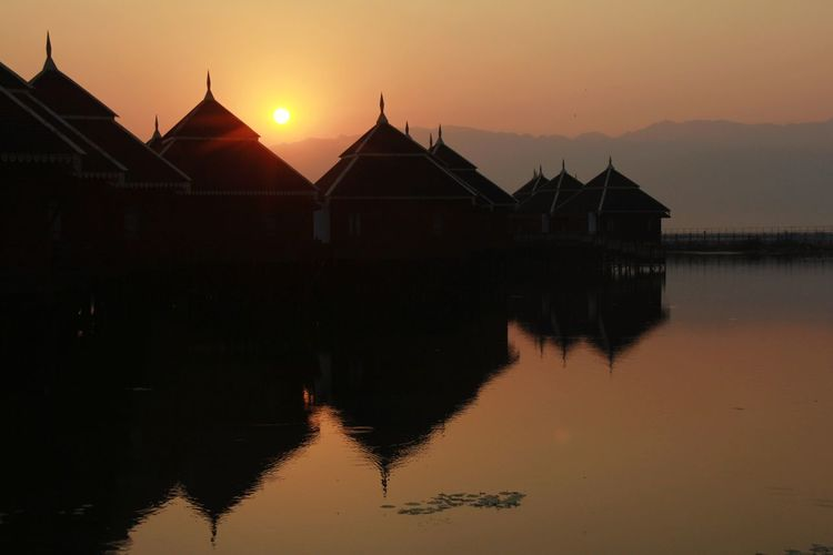 Sunrise Sunset Dawn Beauty Water Place Of Worship Backgrounds Lake Silhouette Spirituality Ancient Lotus Water Lily