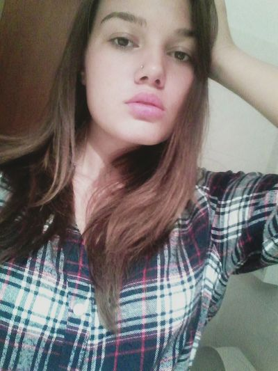 Beauty Sexygirl Headshot Long Hair Chillin' At Home Chek This Out  Brunette Sexyselfie Cute Today's Hot Look Big Lips Soft Lips>>>>  Sexylips