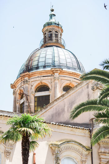 Arch Architectural Feature Architecture Bird Built Structure Cathedral Church Clear Sky Dome Façade History Italien Italy Low Angle View Palm Tree Religion Sicilia Sicily Sizilien Spirituality