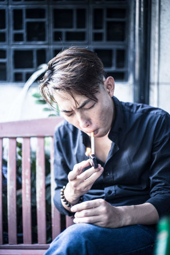 Headshot Lifestyles Person Smoke Smoke Time SMOKE WEED EVERYDAY Smokers Smoking Weed Young Adult