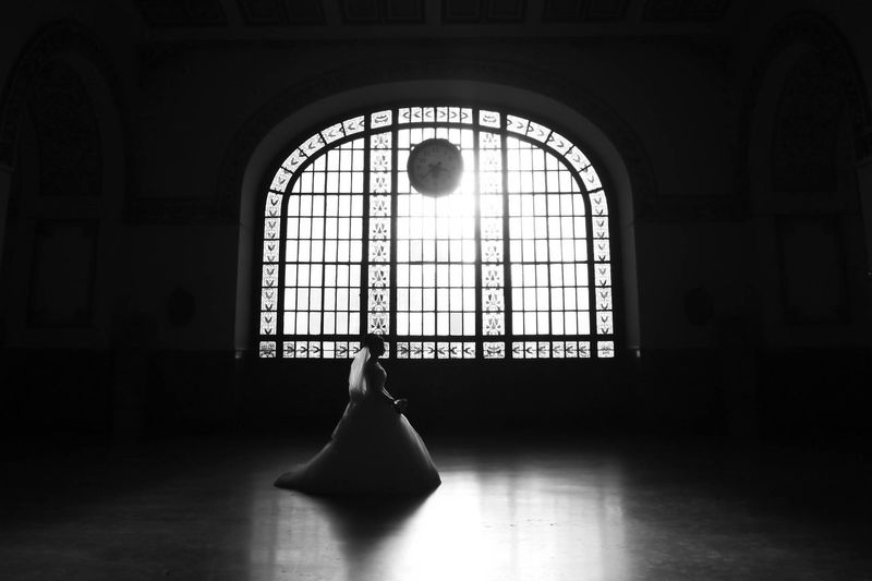 Wedding Photography Blackandwhite Black And White Wedding Bride Clock Light And Shadow Silhouette Monochrome Photography
