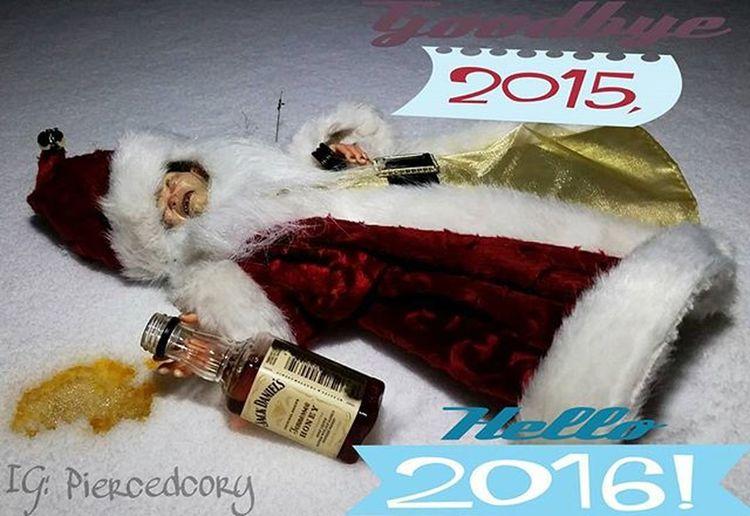Santa Gollum started his New Years celebration a bit early. Happynewyear Drunktoys Santa Gollum Jackdaniels Drivesafe