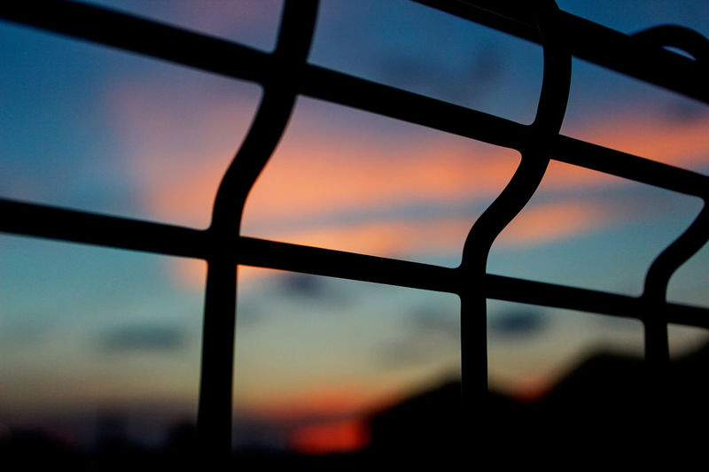Cloud And Sky Color Of Life Fence Getting Inspired Red And Blue Sky_collection Sunset Sunset_collection Taking Pictures Twilight
