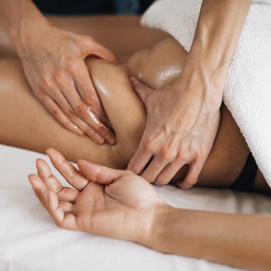 Ayurveda buttocks massage