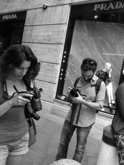 EEA3-Milano Hello World Black And White Streetphotography IPhoneography The Global EyeEm Adventure Glamur EyeEm Gallery My Best Photo 2015