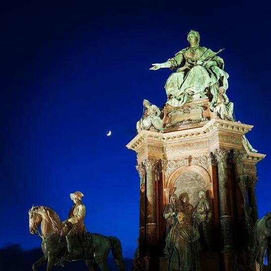 Maria Theresia Empress Austria vienna viennaonly worldplaces moon