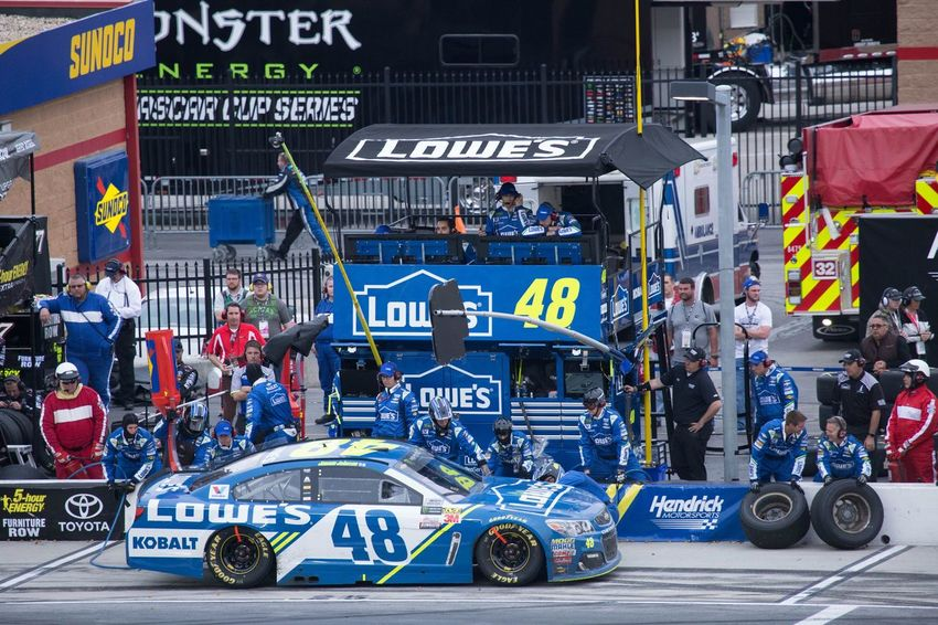 Jimmie Johnson Pit Stop City Crowd Day Gambling JimmieJohnson Lowes#48 NASCAR Outdoors People Racing Stockcars Travel Destinations