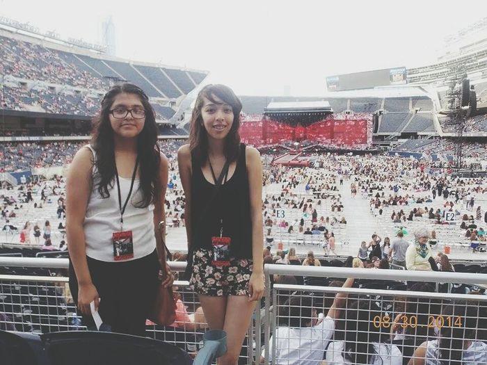 Soldier Field One Direction Concert Best Friends